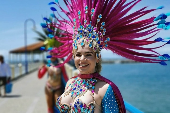 redcliffe street parade, samba dancer