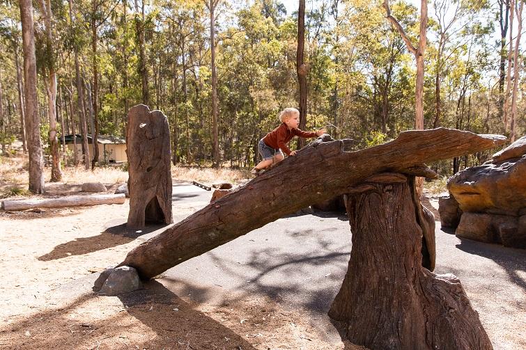 nature play at karawatha park