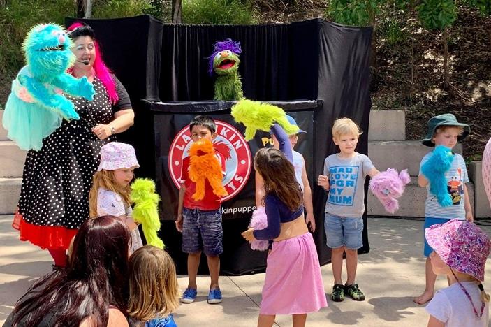 larrikans puppets show brisbane