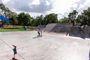 child skating at wynnum skate park