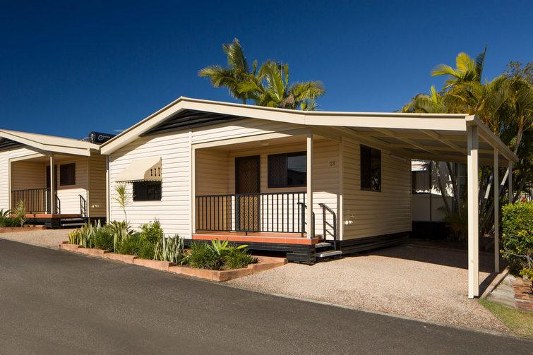 Cabin accommodation at Brisbane Holiday Village