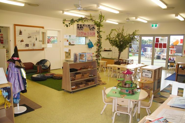 childcare centre room Avenues ELC Norman Park