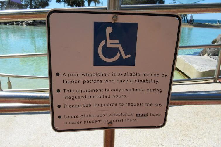Redcliffe lagoon_Wheelchair sign