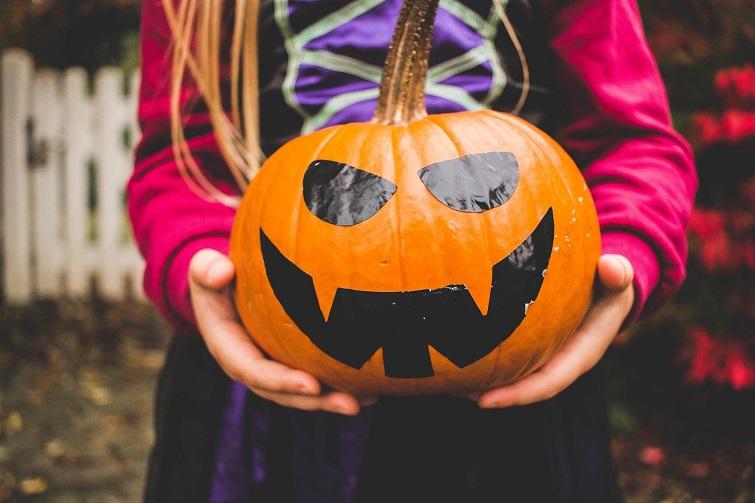 Halloween Pumpkin, trick or treat