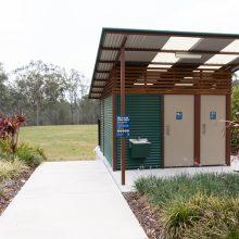 spring mountain lagoon park toilet block
