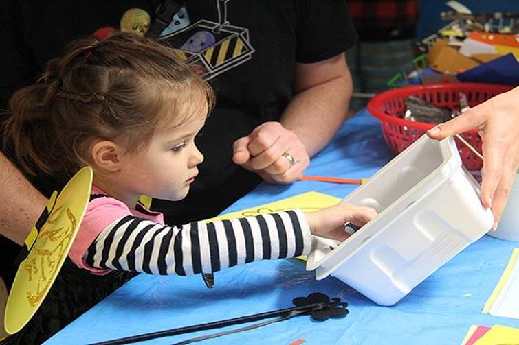 parents and prams kids craft