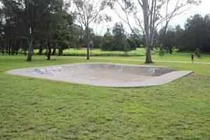meadowlands-park skate bowl