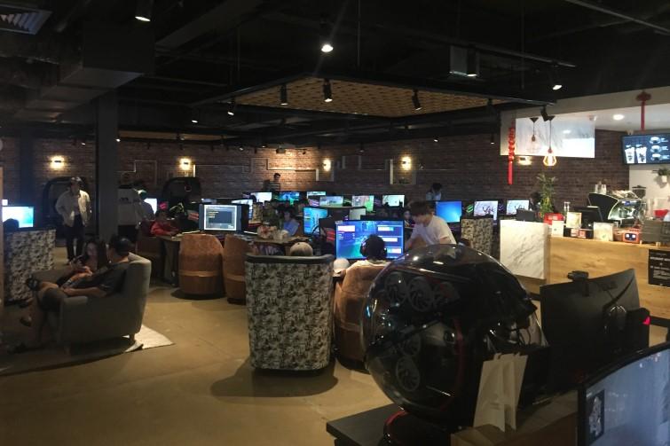 interior of cubercafe