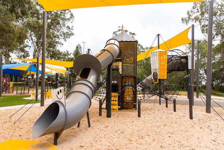 albert river park playground