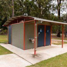 Middle Park Playground toilets
