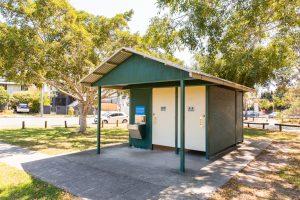 Balmoral Park toilet block